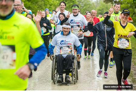 Teilnehmer beim Wings for Life World Run